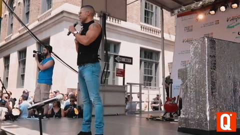 Wilson Cruz speaks at #StonewallDay in New York City
