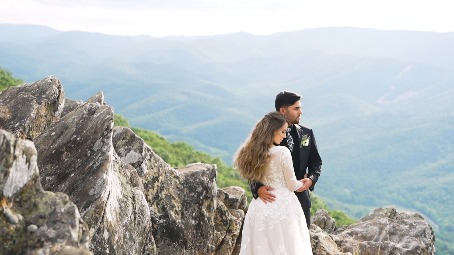 Courtney + Rafael | Virginia, Virginia | Ravens Roost
