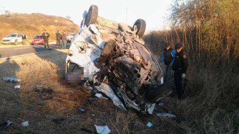 Hubo ocho muertos, entre ellos cinco policías, en un choque en Salta