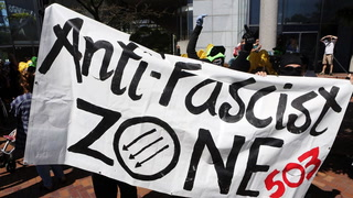 Antifa violently attacks right-wing group during a peaceful march for law and order in Portland