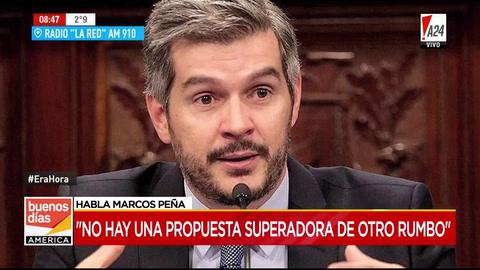 Peña admitió que el gobierno estudia aumentar el impuesto a los viajes al exterior