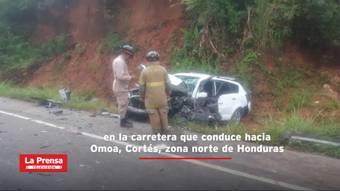 Un muerto y cuatro heridos tras fuerte accidente en carretera hacia Omoa, Cortés
