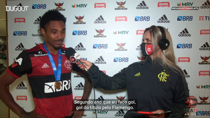 Vitinho celebrates his goal and Flamengo's title