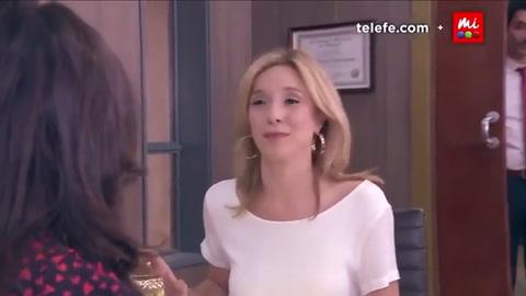 Yate y clases de verdulería para Carla Peterson y Benjamín Vicuña