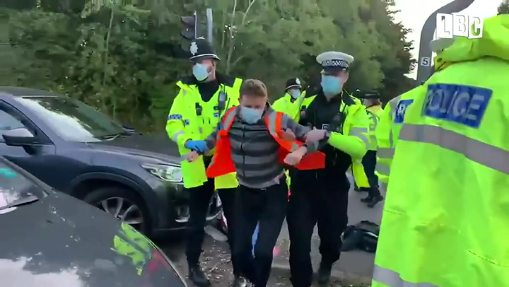M25 protests: Climate activists block motorway for fourth time in a week