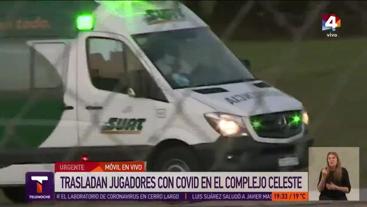 Luis Suárez abandonó la concentración uruguaya en ambulancia