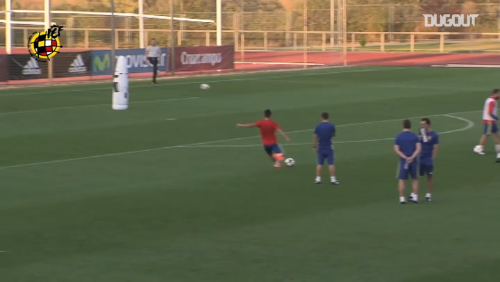 Morata making amazing saves in Spain training