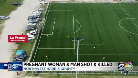 Hombre mata a exesposa y a su nueva pareja durante partido de fútbol en Texas