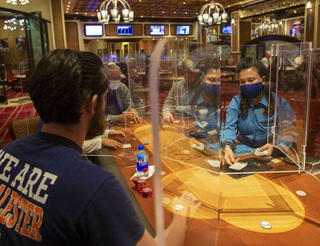 Bellagio poker room reopens with approval to host six-handed games – Video