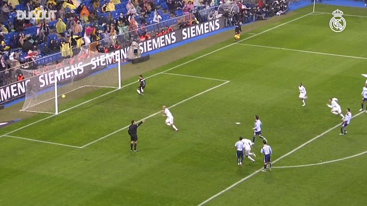 Hat-trick Heroes: Zinedine Zidane Vs Sevilla
