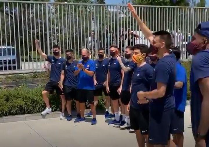 Los Dracs despiden al equipo del Fútbol Sala del Barça