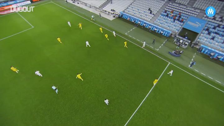 Hiroki Sakaï's incredible long throw vs Nantes