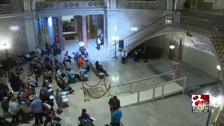 Hundreds rally at capitol to