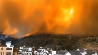 Incendio forestal deja 19 muertos en China