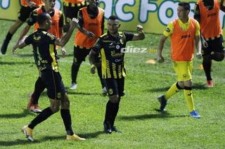 ¡Real España derrota con mucho sufrimiento a Platense en un partidazo en el Morazán!
