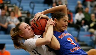 Bishop Gorman girls beat Desert Oasis In desert finals – VIDEO