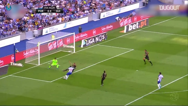 Incredible Goals: Moussa Marega vs V. Guimarães