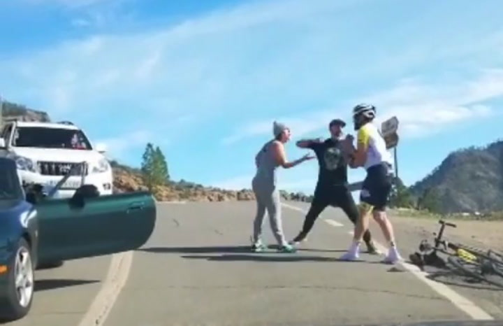 "Brutal agresión de un conductor a un ciclista ""¡Lo va a matar, lo va a matar!"""