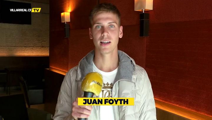 Juan Foyth saluda a la afición 'grogueta'