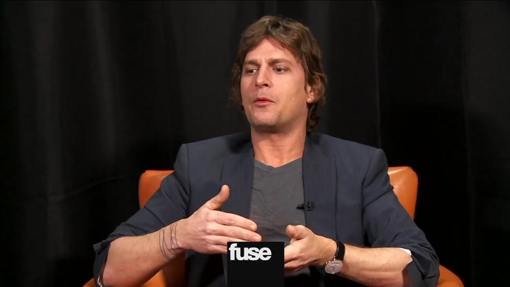 Interviews: Rob Thomas Talks Matchbox Twenty Tour, Pranking Opener Phillip Phillips