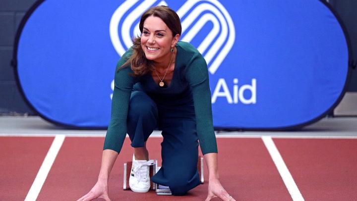 ¡Cuidado con Kate-San! La duquesa de Cambridge muestra sus habilidades con el \'taekwondo\'