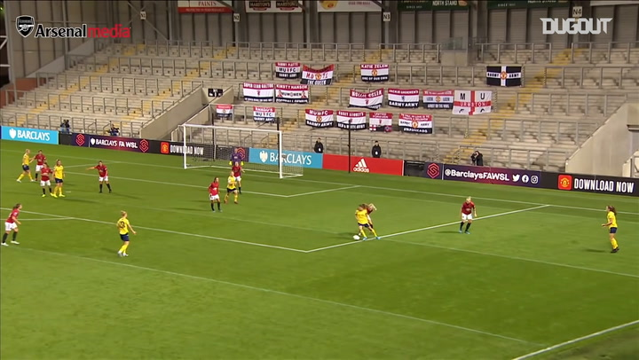 Van de Donk scores last-minute winner vs United