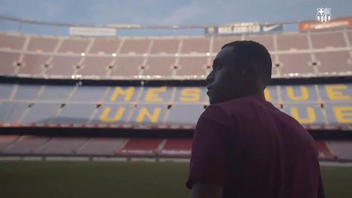 Dest pisa por primera vez el Camp Nou como jugador del Barça