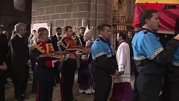 Adolfo Suárez recibe sepultura en la catedral de Ávila junto a su mujer Amparo Illana