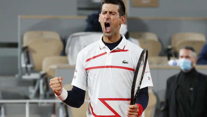 Novak Djokovic firma sufriendo la superfinal contra Rafa Nadal
