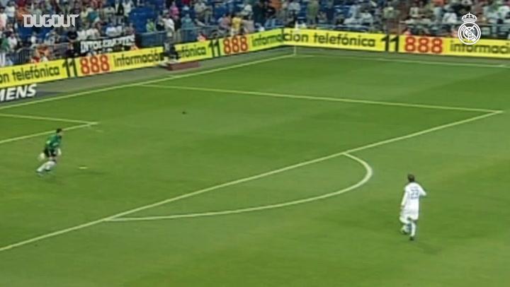 El gol de David Beckham a la contra frente a la Real Sociedad