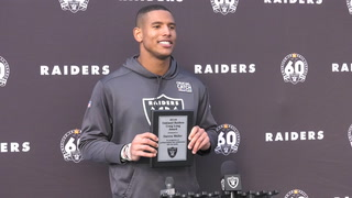 Darren Waller Wins Craig Long Award – VIDEO