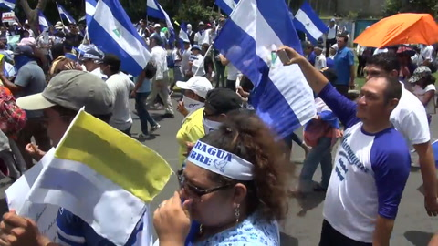 Miles de nicaragüenses marchan para exigir la dimisión de Ortega