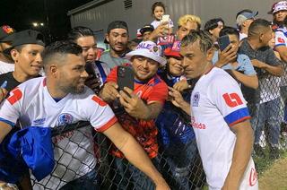 Javier Portillo calienta el clásico ante Motagua: