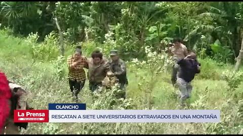 Rescatan a siete universitarios extraviados en una montaña de Olancho