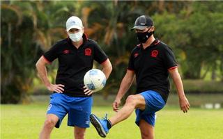 ¡Pedro Troglio renueva contrato con Olimpia y seguirá hasta 2022 en Honduras!