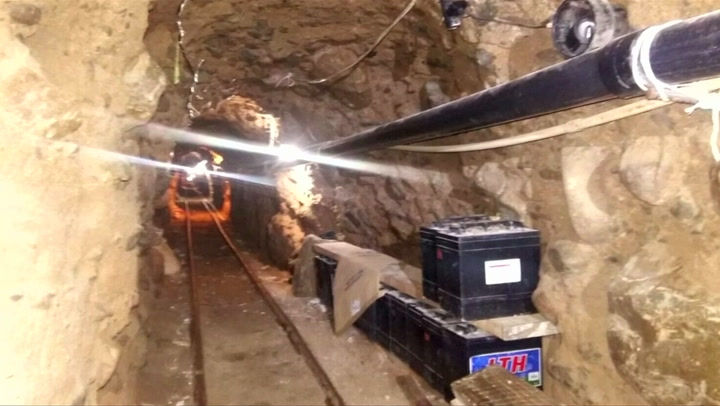 Bekijk hier beelden van de drugstunnel