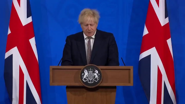 Boris Johnson announces university students to return to campuses in England