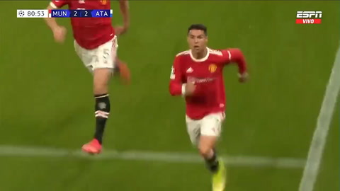 Cristiano le da el triunfo al United en una noche histórica