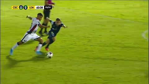 Alex López se luce con golazo en la reanudación del fútbol en Costa Rica