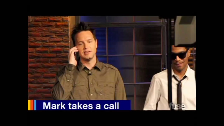 Behind The Scenes: Hoppus - Mark Takes a Call