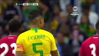 ¡Atajadón de Luis Mejía a tiro libre de Casemiro!