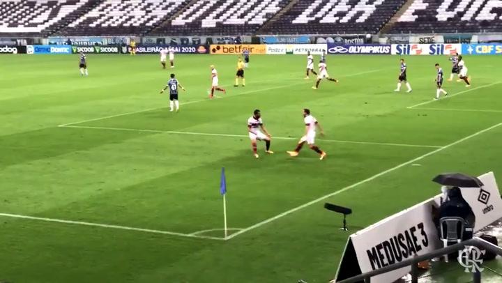 Check Flamengo's goals in the victory against Grêmio into Brasileirão Serie A
