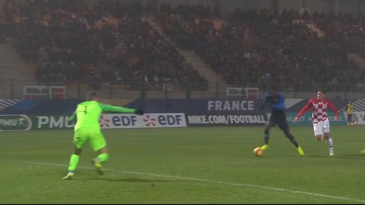 Ivo Grbic, en un partido con Croacia ante Francia