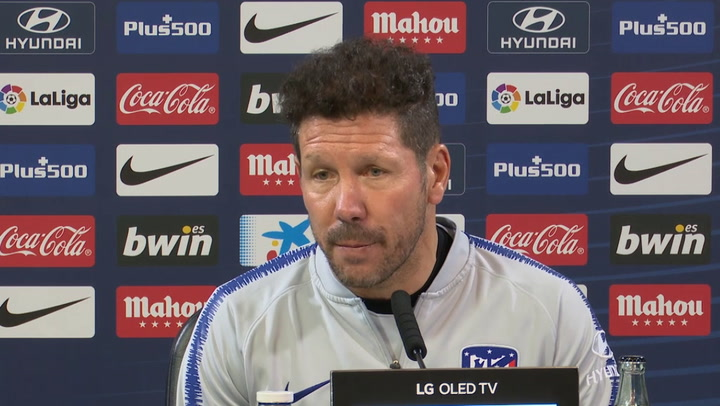 """Simeone: """"No cambio lo que pienso de Costa"""