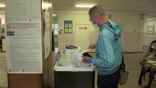 Rusia empieza a votar en elecciones legislativas con la oposición apartada