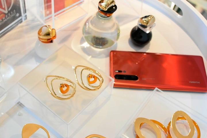 Esta es la colección de joyería inspirada en Huawei P30 Pro Amber Sunrise