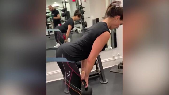 Brooke Shields se 'machaca' así en el gimnasio para mantener tipazo a sus 54 años