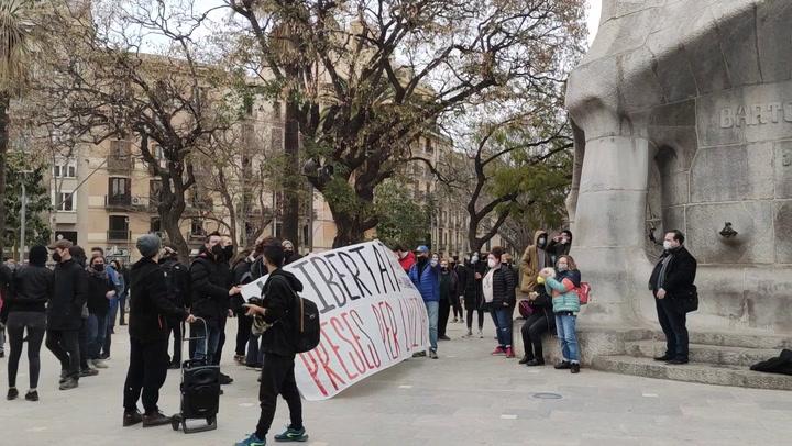 Concentración en Barcelona contra el encarcelamiento de Pablo Hasel