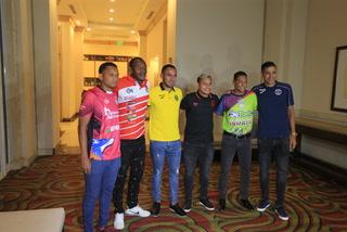Liga SalvaVida lanza campaña por la paz en los estadios de Honduras
