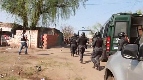 Allanamientos con nueve detenidos y secuestro de drogas